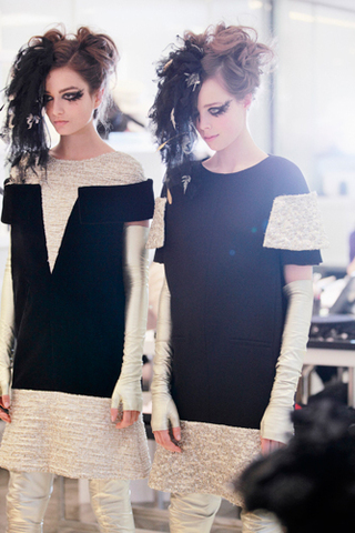 chanel-spring-summer-2013-haute-couture-backstage-photos-07